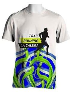 Remera deportiva running con estampa gigante